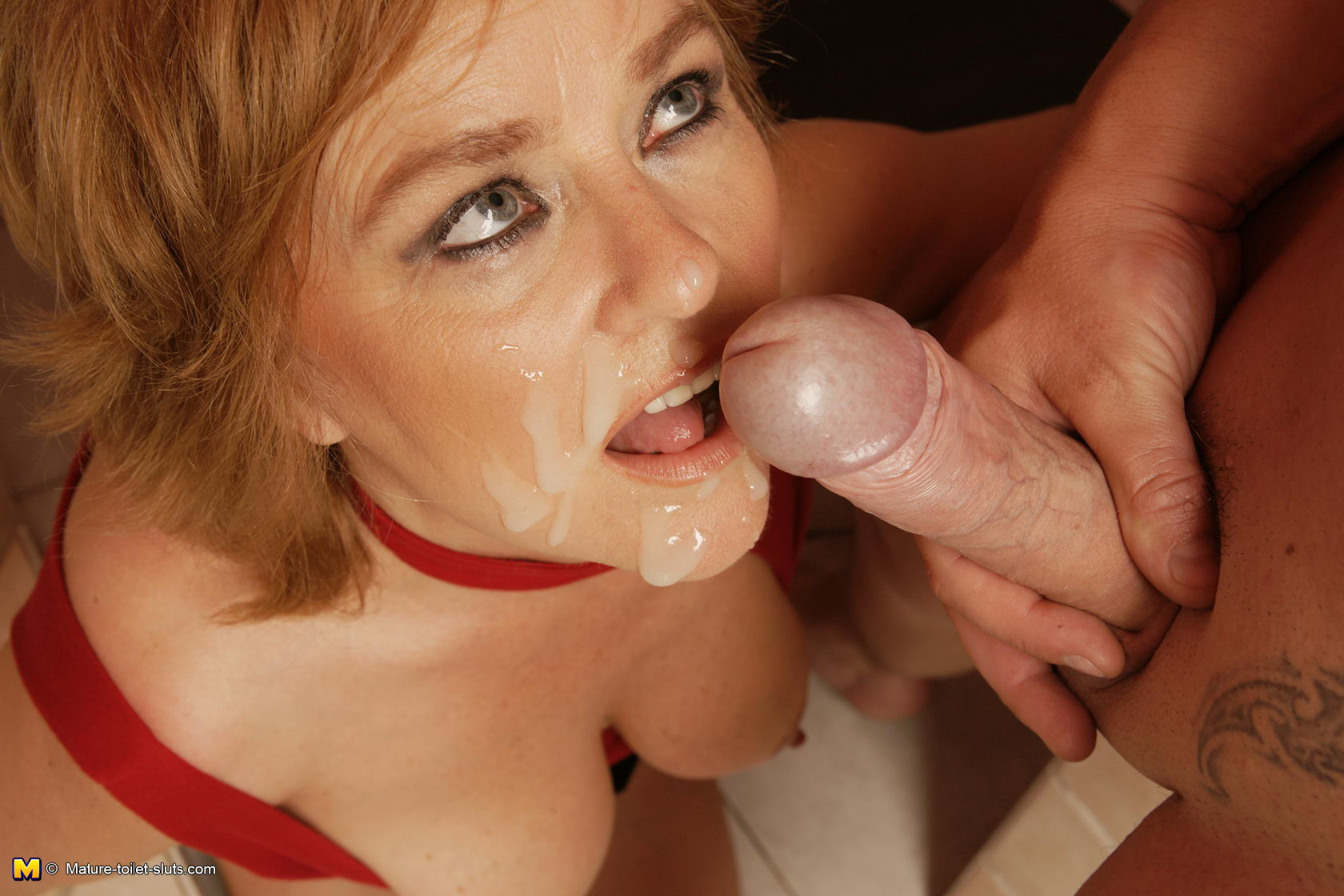 submissive bdsm female gag